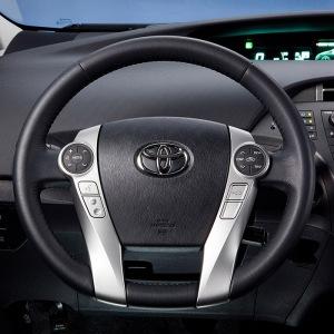 2012_Toyota_Prius_Plugin_009