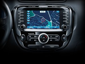 feature_soul_2014_voice-command-nav-uvo-eservices_S--Kia-600x-jpg