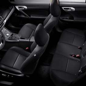 2015-Lexus-CT-interior-black-nuluxe-striated-aluminum-trim-overlay-1204x677-LEXCTHMY14006712
