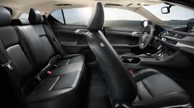 CT-interior-black-leather-trim-overlay-1204x677-CTH002801-2014-Lexus