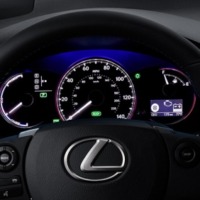 CT-interior-steering-wheel-overlay-1240x677-CTH0021-2014-Lexus