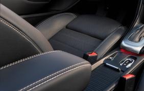 2016-Buick-Cascada-Convertible-011