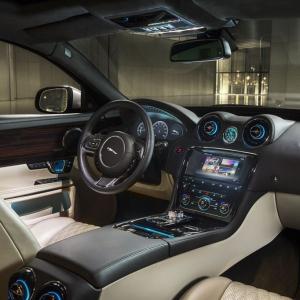 2016 Jaguar XJ Infotainment
