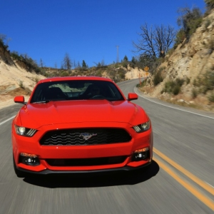 2015-Mustang-EcoBoost-Red-Driving-019