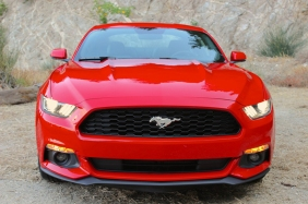 2015-Mustang-EcoBoost-Static-Angeles-Hwy-004