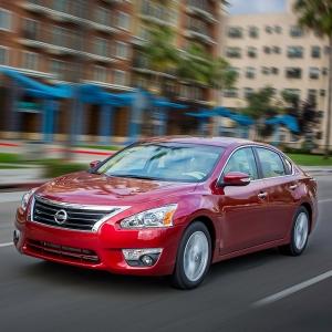 Los modelos Nissan Altima, Frontier y Pathfinder 2015 fueron nom