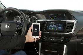 2016 Honda Accord with Apple CarPlay®