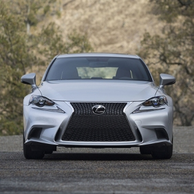 2016_Lexus_IS_350_F_SPORT_005_CD843276FFD3F2B62327EACC6C2C3BD31726AE25