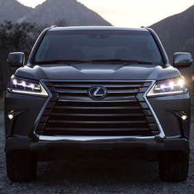2016_Lexus_LX_570_005_E8ACFB522ADAB7FEE2466F1FB1A46D284C75ECE6