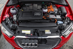 news-2016-audi-a3-sportback-e-tron-engine-11