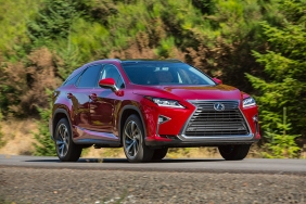 2016_Lexus_RX_350_012_C0BB6C7A218D30FEBFDB66BA97848C535507DBC9