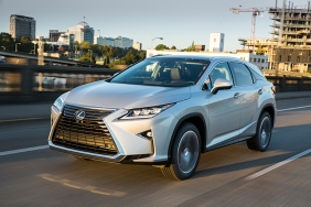 2016_Lexus_RX_350_018_9B8A9109DBE45F2957EC4A4509136CB7A480D624