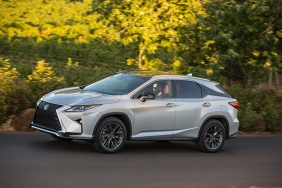 2016_Lexus_RX_350_F_SPORT_016_47CA17F1D57824D817DA867762064088B5EA0A61