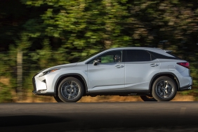 2016_Lexus_RX_350_F_SPORT_027_9BA22CE45A7A5B5604507763E7176076A8E02058