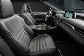 2016_Lexus_RX_450h_F_SPORT_026_AFF324077F6D0002434326E09E82A370A2C7F12A