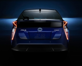 2016_Toyota_Prius_023_9E6822BBBC3E46179F5D7B3F8E7774E97C94E5C9