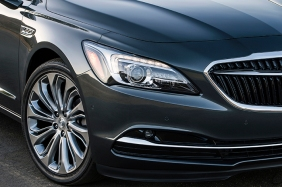 The All – New 2017 Buick LaCrosse High-intensity discharge hea