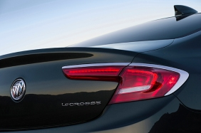 The All – New 2017 Buick LaCrosse LED taillamp