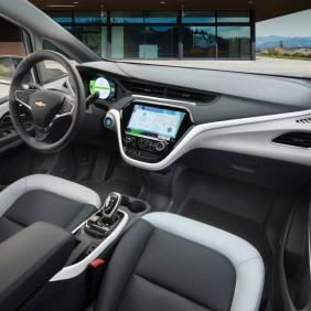 2017-Chevrolet-BoltEV-018
