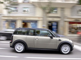 2008_MINI_Clubman_Side_View