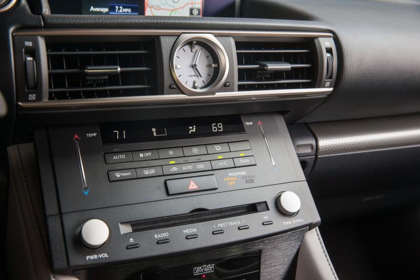 2015_Lexus_RC_350_F_SPORT_014.jpg