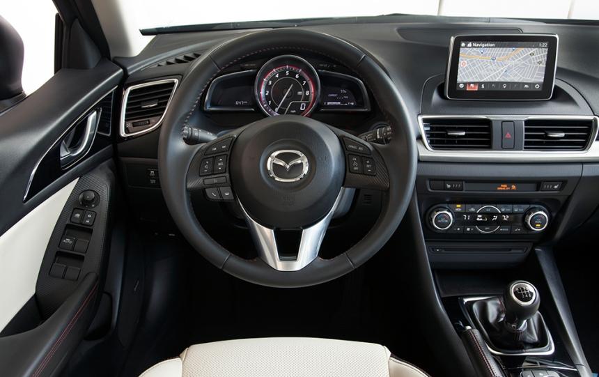 2015+Mazda3+5D+s+Touring+6MT+Blue+Reflex+%2831%29.jpg